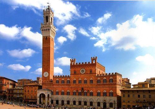 8. University of Siena, Italy GÇô 1240