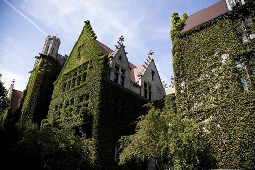 university of chicago application essays 2010 For a thorough exploration of chicago booth's academic program/merits, defining characteristics, crucial statistics, social life, academic environment and more, please check out the mbamission insider's guide to chicago booth.