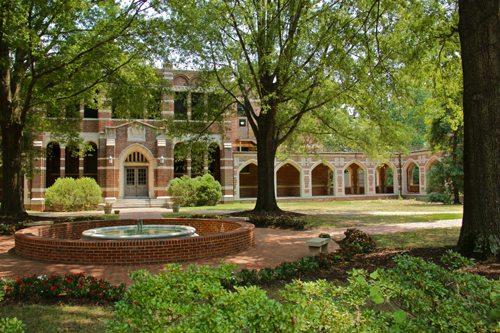 41. University of Richmond GÇô Richmond, Virginia
