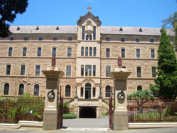 St_Josephs_College