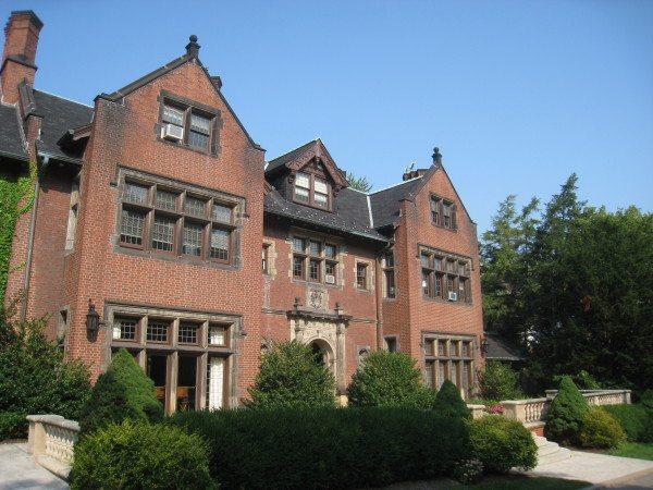 Chatham_University